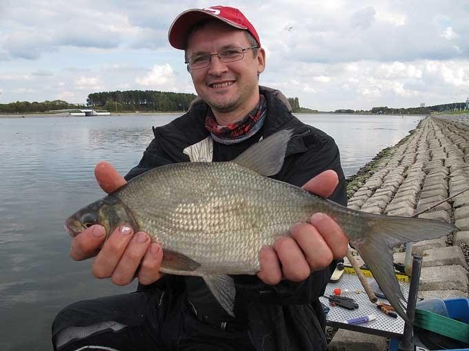 рыбалка на гребном канале 2016